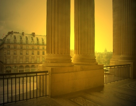 Mystical Louvre