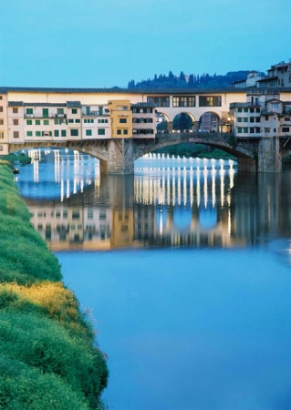 Evening view of Ponte Vecchio