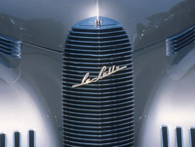 <P><B>1940 LaSalle</B>