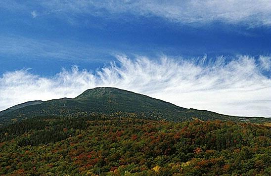 Mt. Washington - ID: 576892 © Brian d. Reed