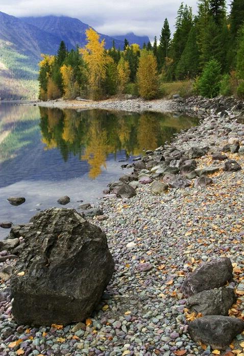 A Fall trail of rocks - ID: 577224 © Jim Kinnunen
