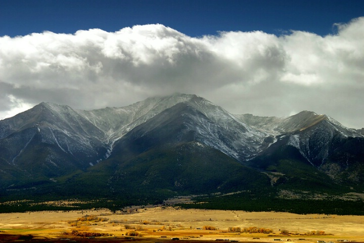 Snowshowers on the Collegiate Peaks