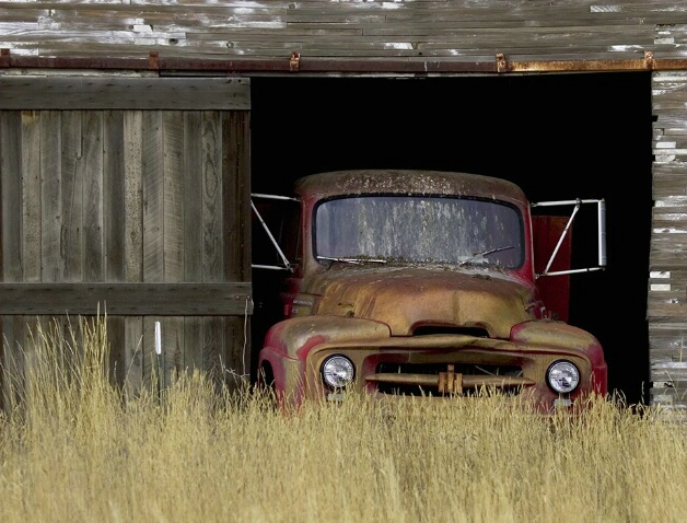 Waiting  - ID: 581197 © Jim Kinnunen