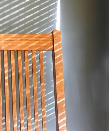 Chair 'n' Shadow