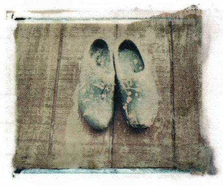 blue shoes - Polaroid transfer