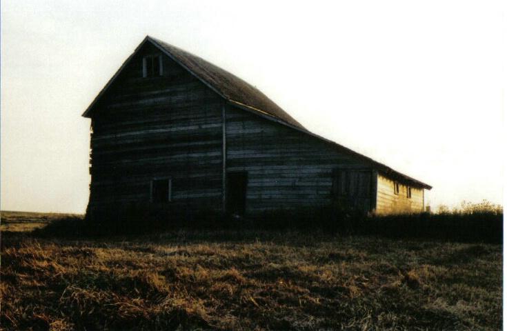 Old barn - ID: 642434 © Eric B. Miller