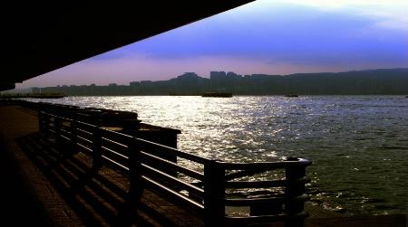 7.05am Hong Kong harbor view
