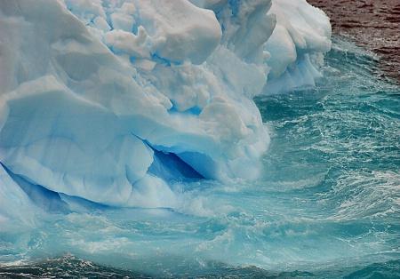 Iceberg Lips
