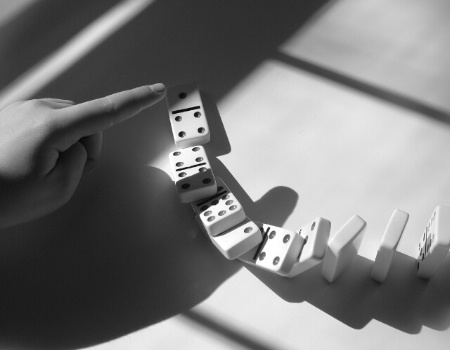 Domino freeze frame