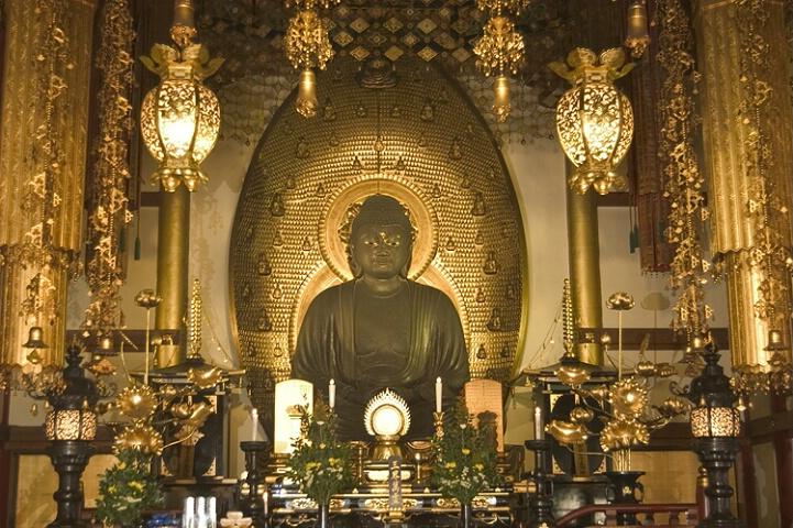 Buddhist Shrine (Off camera fill flash)