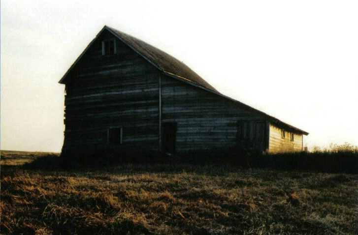 Hay barn - ID: 775791 © Eric B. Miller