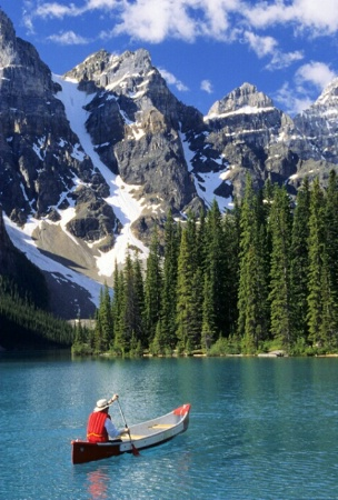 Canoeing, Moraine Lake, Banff NP, Alberta