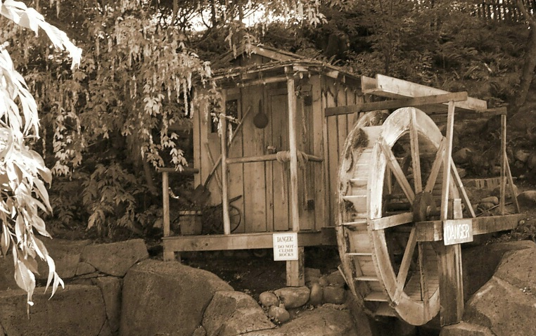 Old Watermill - ID: 885131 © Liandra Barry