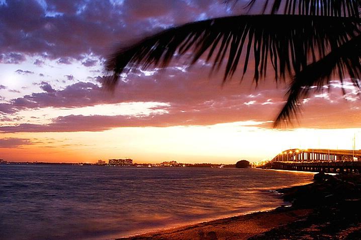 Miami Sunset 3 - ID: 973250 © Wendy M. Amdahl