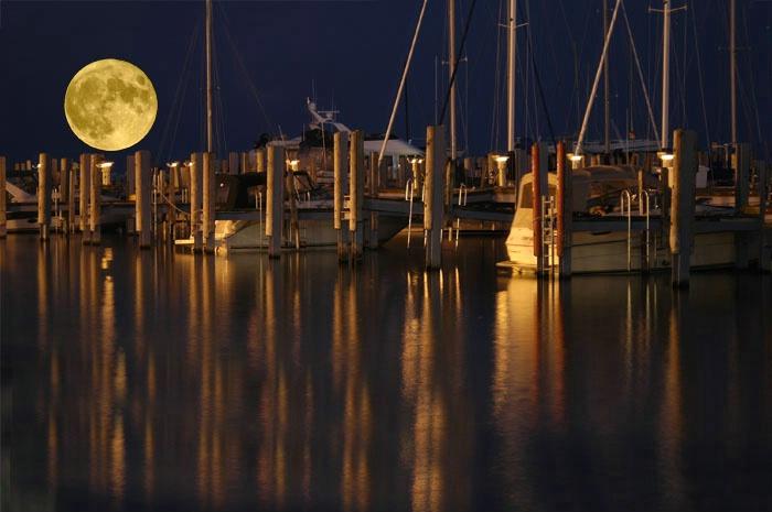 Harbor Lights at mackinaw
