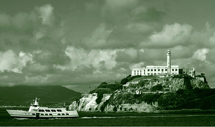 Alcatraz Island - ID: 1435978 © Rob Mesite