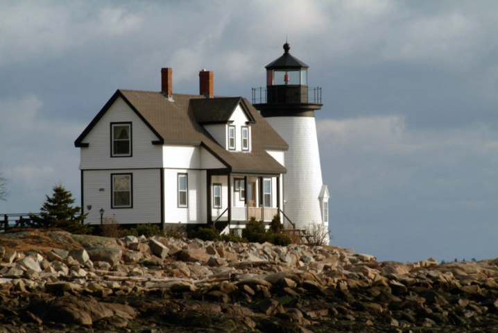 Prospect Harbor Light 2