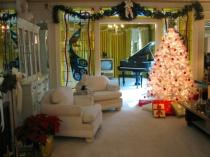 Christmas Elvis Style