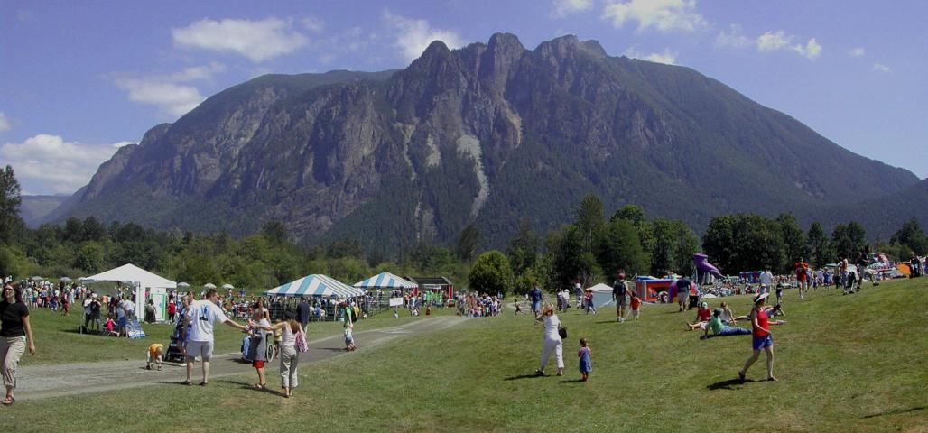 <b>Mount Si Panorama #1</b>