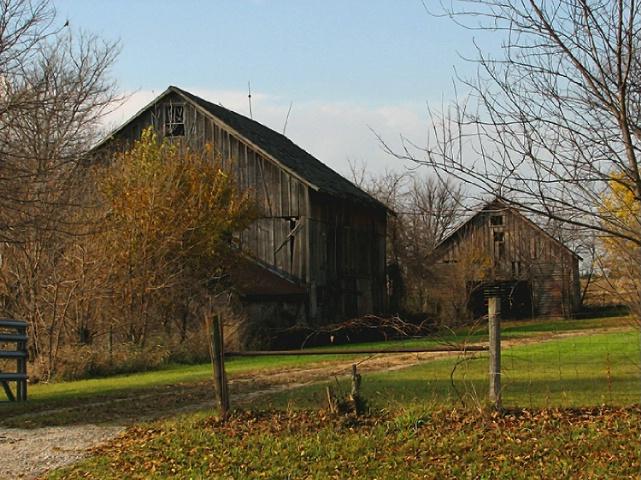 Barn & Corn Crib