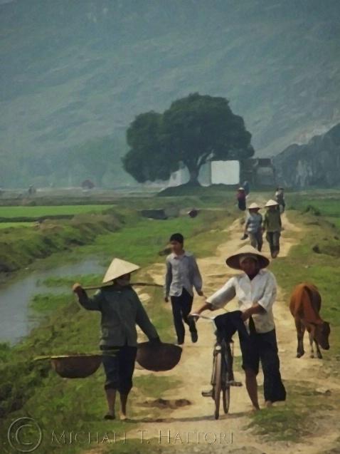 Field workers - ID: 1571085 © Michael Hattori