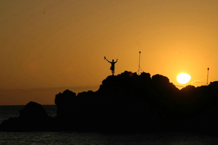 sunset diver