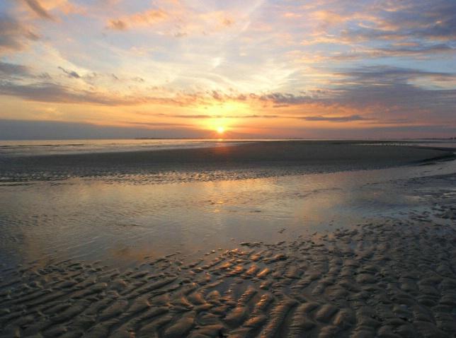 Sandbar Sunset - ID: 1722360 © Mary Iacofano