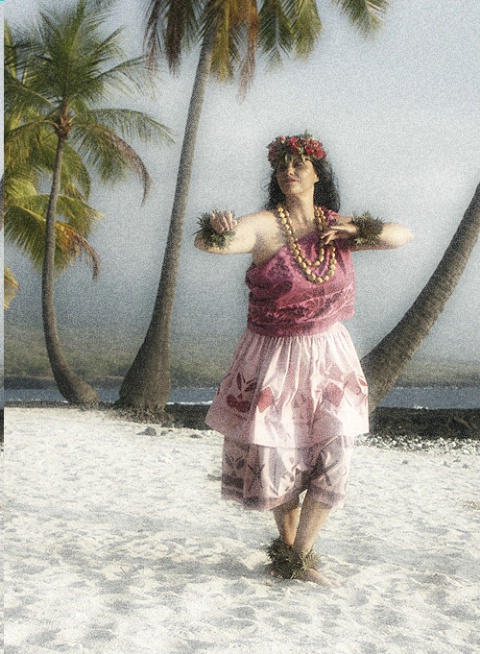 Hula Dancer with Diffuse Glow Filter