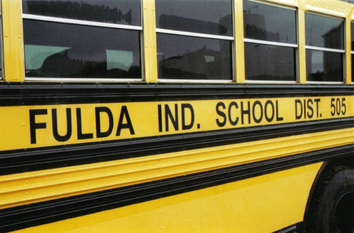 Fulda school bus color - ID: 2145043 © Eric B. Miller