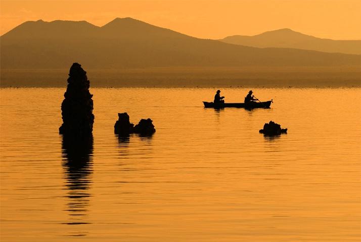 Mono Lake silhouettes in warm tone #1