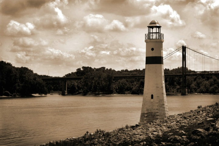Lighthouse on the Miss