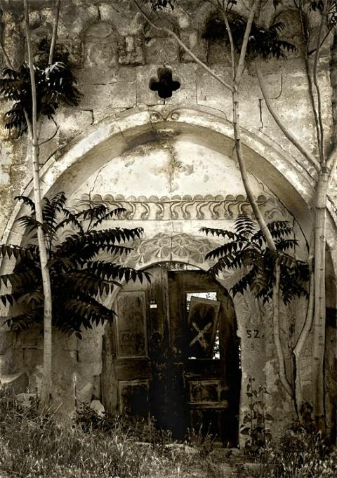 ~ The Ancient Door~