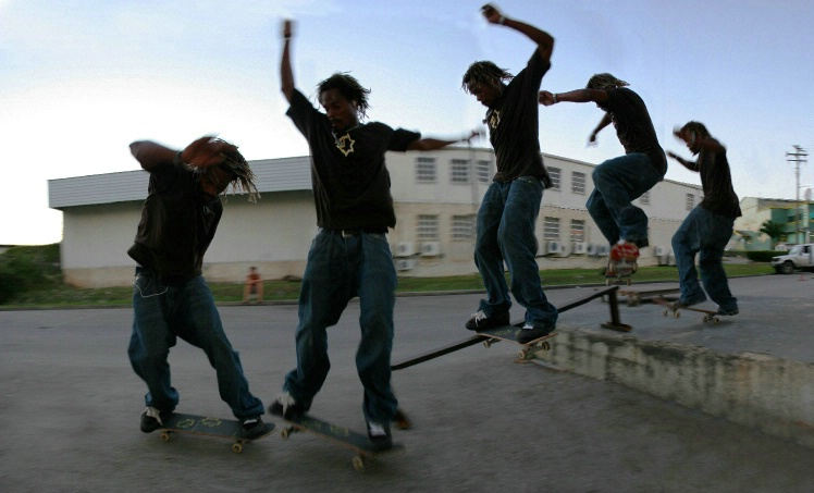 Front tail sequence