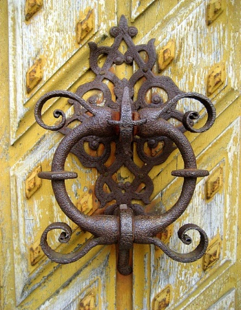 ~royal doorknocker~