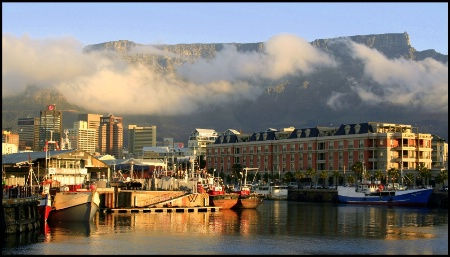 Capetown and Tabletop Mountain