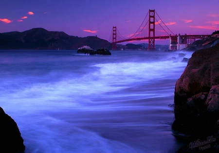 The dusk of the Golden Gate.