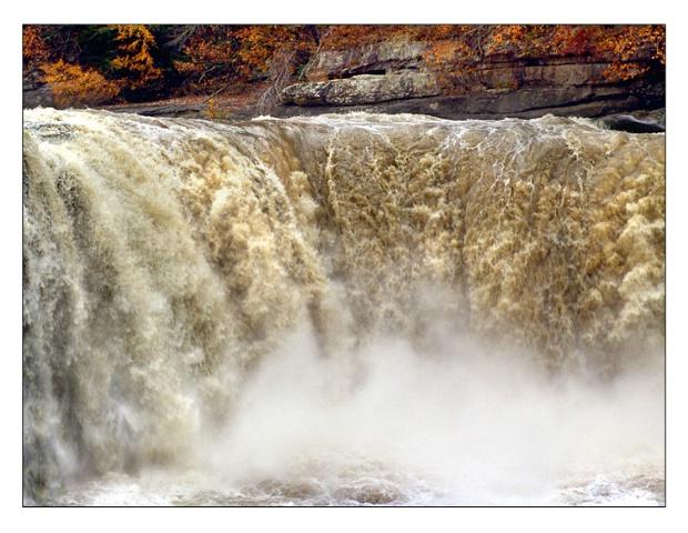 - Cumberland Falls -