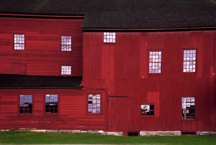 Shaker Barn - ID: 3039596 © Nora Odendahl