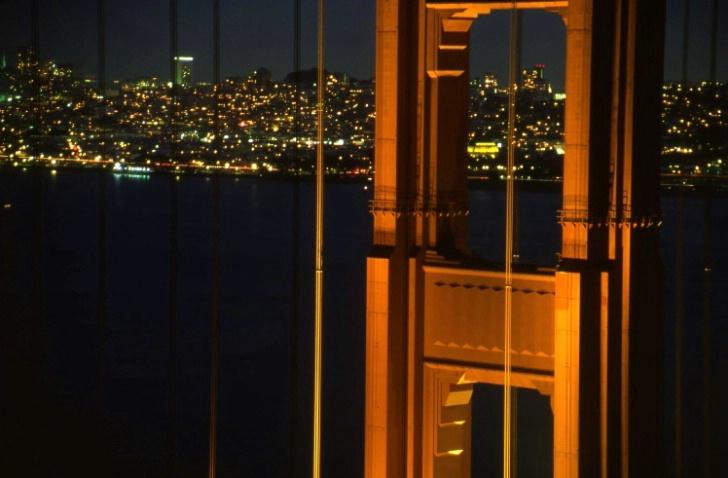 Golden Gate Bridge - San Francisco - ID: 3126092 © Larry Lightner
