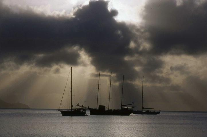 Coral Bay - St. John - U.S. Virgin Islands - ID: 3127470 © Larry Lightner