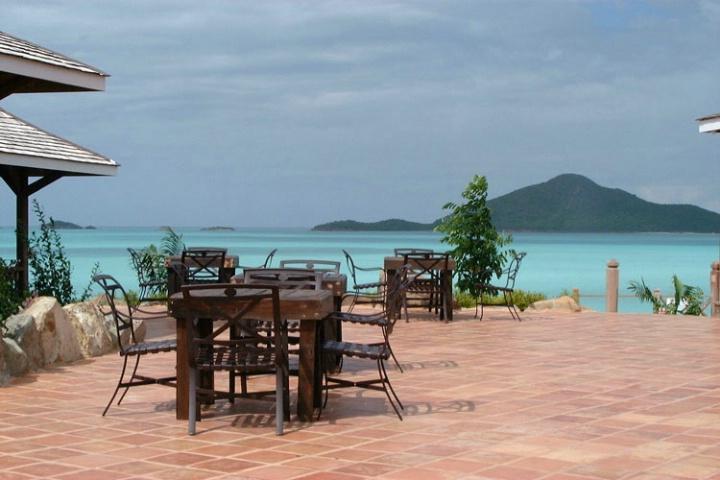 restaurant in paradise