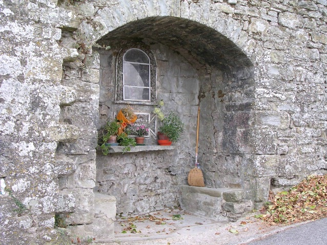 Grotto - Cortona - by Barb Lightner - ID: 3266303 © Larry Lightner