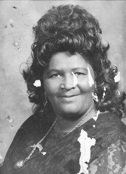 A Mom's portrait - ID: 3328823 © Shirley  Scott