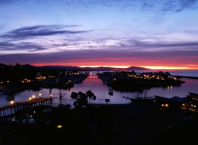 Sunrise over DP harbor - ID: 3348212 © Daryl R. Lucarelli