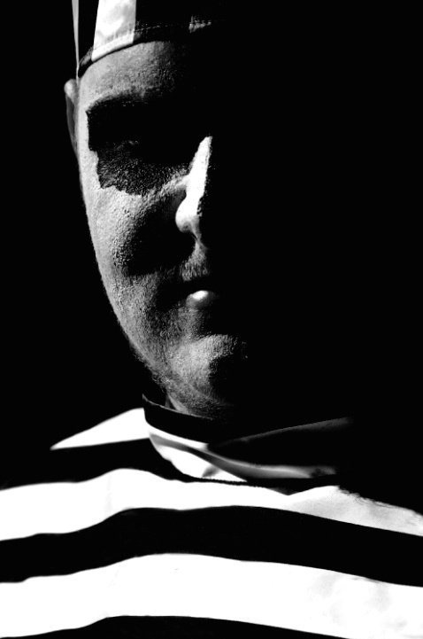 Pretend Prisoner - ID: 3365221 © Stanley Singer