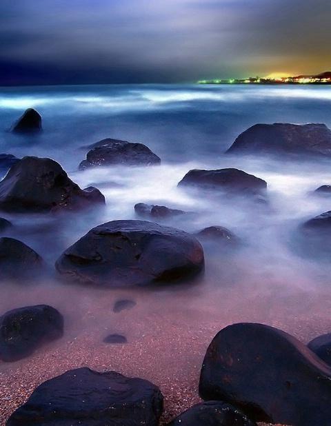 night falling sea