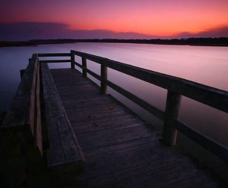 Winters empty fishing pier