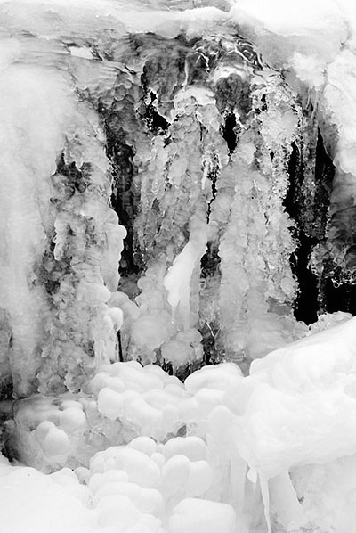 Water & Ice 5 - ID: 3421556 © Brian d. Reed