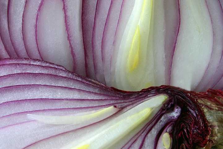 Red Onion Curves