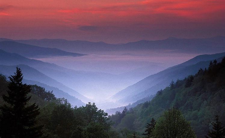 Oconoluftee Overlook--Great Smoky Mountain NP - ID: 3514852 © Gary W. Potts